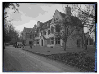 File:The Hare & Hounds Hotel, Westonbirt PD.jpg